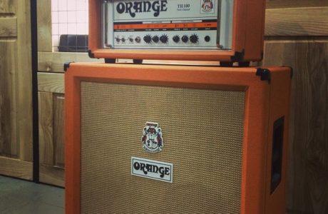 Кабінет Orange PPC412 доповнив підсилювач Orange TH100 на студії
