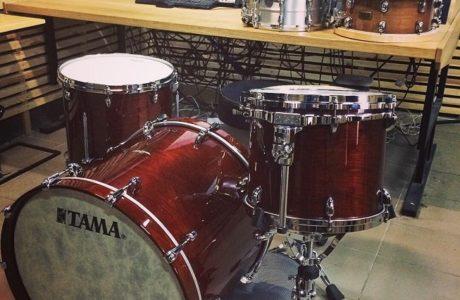 Барабанна установка Tama Star Walnut приїхала на студію