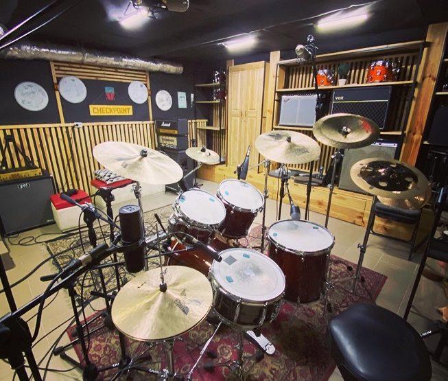 Записали барабанний кавер перед Новим роком