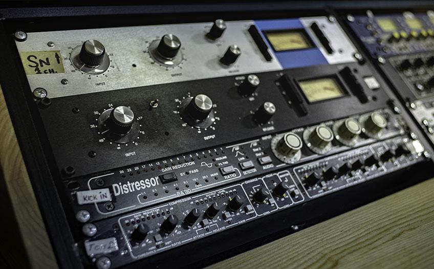 Studio outboard 2