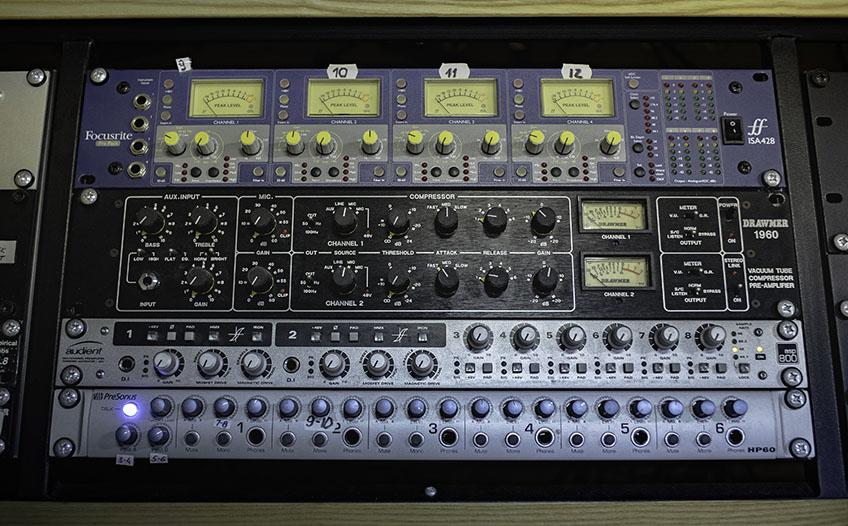 Studio outboard 3